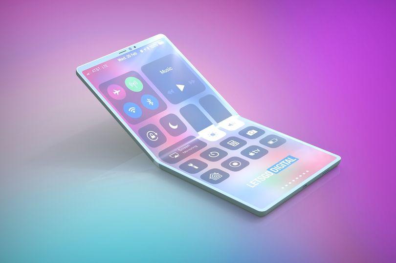 Apple уже работает над сложным iPhone, чтобы конкурировать с Samsung Galaxy Fold